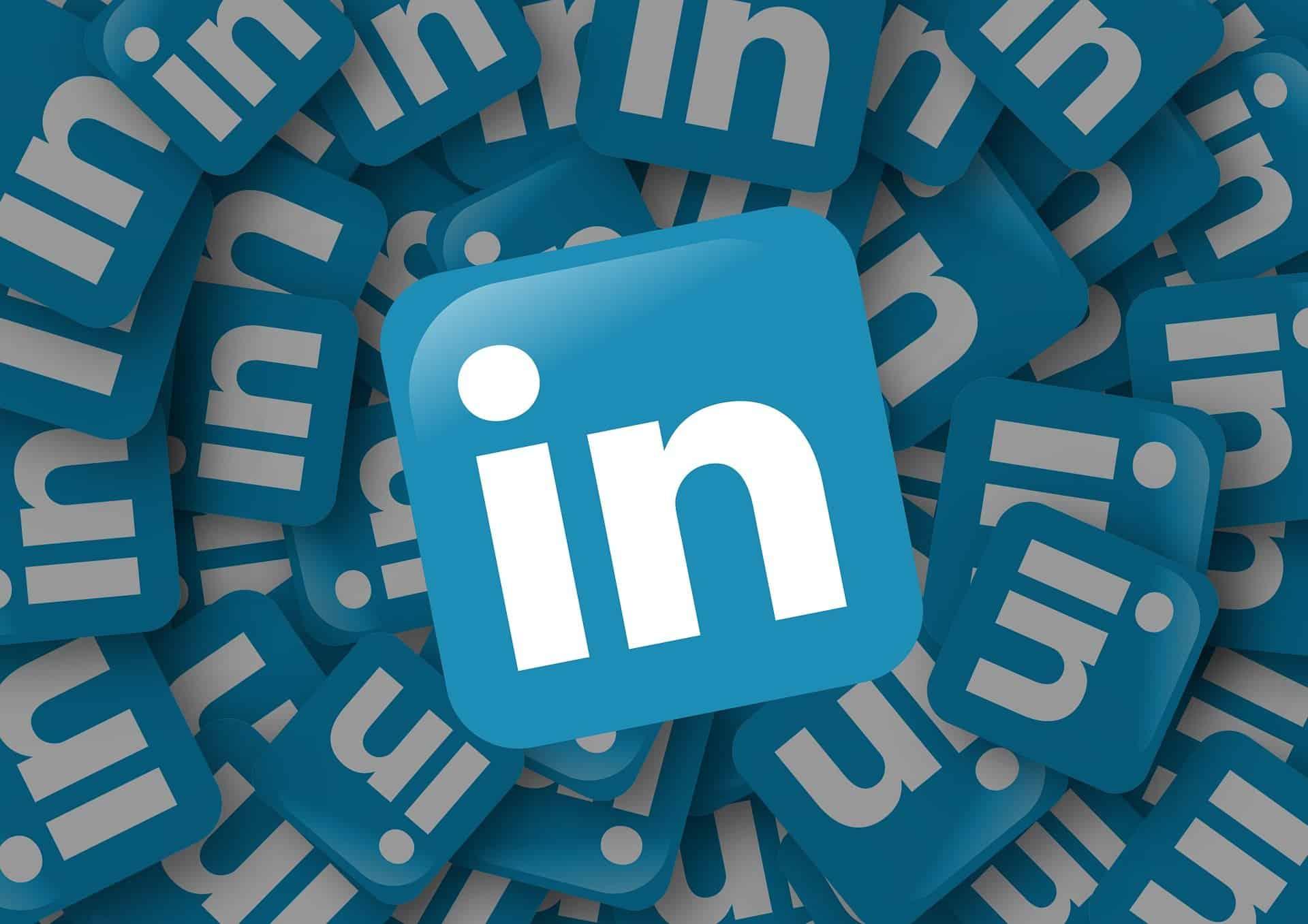 Top 10 LinkedIn Marketing Hacks to Grow Your Business